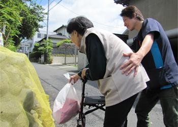 ゴミ出し外出の為の屋外歩行訓練